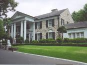 English: Graceland, Elvis Presley's home in Memphis, Tennessee