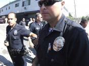 English: LAPD officers at crime scene