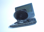 English: Portable DVD player Nederlands: Draagbare Dvd-speler