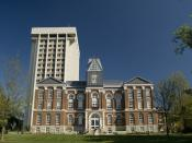 English: Main building, University of Kentucky