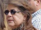 English: Photo of Wilma Mankiller taken at the 2001 Cherokee National Holiday