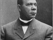 English: Photo portrait of Booker T. Washington early in his career. Published in the book