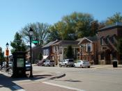 English: Cody Road Historic District is the main street through Le Claire. It includes the Central Business District.
