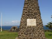 English: Memorial to George Bass and Matthew Flinders at Flinders, erected 1912. Plaque reads,