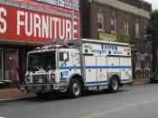 English: New York Police Department Emergency Service Truck #9 sits in Jamaica, NY.
