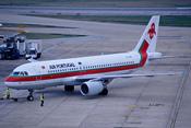193ak - TAP Air Portugal Airbus A320-214; CS-TNM@LHR;19.11.2002