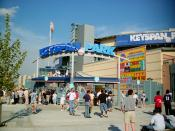 English: KeySpan Park, Brooklyn, New York on June 25, 2001, just before the first-ever home game for the minor league Brooklyn Cyclones. The game marked the first professional baseball game in Brooklyn since the departure of the Brooklyn Dodgers in 1957.