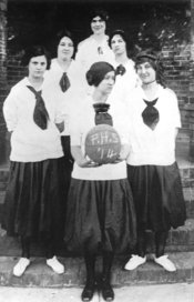 Plano's girls' basketball team, 1914