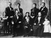 Jim's mother (far right), maternal grandparents, aunts & uncles (Dennistoun, Glasgow, late 1890s)