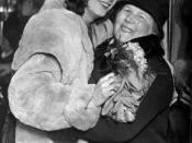 English: Greta Garbo together with her mother Anna Gustafsson during a trip to the USA in 1939. Svenska: Greta Garbo tillsammans med sin mamma Anna Gustafsson på en resa i USA 1939.
