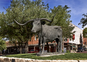English: Longhorn Statute on Front Street, Dodge City, Kansas