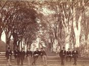 English: View of men sitting and leaning on the old Yale Fence, facing Chapel Street, New Haven, Connecticut. Photograph courtesy of the Yale University Manuscripts & Archives Digital Images Database, Yale University.