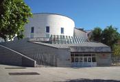 English: View of Pedro Salinas Public Library, at Glorieta de la Puerta de Toledo (a roundabout) in Centro district in Madrid (Spain). Español: Vista de la Biblioteca Pública Pedro Salinas, en la Glorieta de la Puerta de Toledo de Madrid (España), en el d