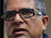 English: Deepak Chopra speaks to the Microsoft PAC on January 13, 2011
