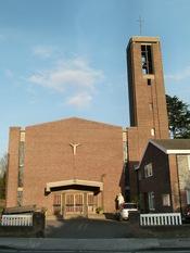English: St Francis de Sales, The Roman Catholic Church in Hampton Hill