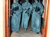 Human Statue Judges
