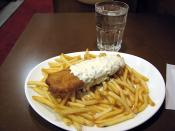 English: A plate of fish and chips in Stadin Kebab, Helsinki, Finland.