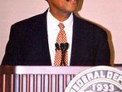 English: Franklin Raines, Then Chairman and Chief Executive Officer of Fannie Mae, Speaks at FDIC Symposium on July 31, 2002