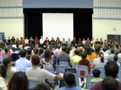 English: All the teaching and administrative staff met the parents and students at the annual Curriculum Night.