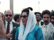 English: Benazir Bhutto, the Prime Minister of Pakistan, speaks to the press upon her arrival for a state visit at Andrews Air Force Base.