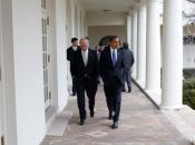 English: President Barack Obama walking with Vice President Joe Biden in The White House