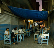 English: Street cafe in central Manama souq, Bahrain
