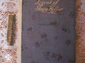English: Cloth Covered, Hard Bound Book, the Legend of Sleepy Hollow, by Washington Irving. Published by Thomas Crowl and Company, New York, circa 1907, with gold foil lettering and silky flower pattern cloth.