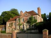 English: Reddish House Cecil Beaton and husband and wife Robert Fripp/Toyah Wilcox have lived here.