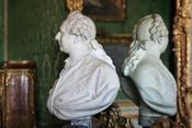 Château de Versailles, appartements du Dauphin et de la Dauphine, chambre du Dauphin, buste de Louis XVI, Augustin Pajou (1779) 01