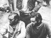 Fernando Parrado y Roberto Canessa junto al arriero que los descubrió, después de diez terribles días de caminata