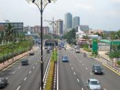 English: Tebrau Highway, leading on to Johor Bahru city centre. The road over the underground portion of the Tebrau Highway is the Johor Bahru Inner Ring Road.