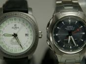 English: The watch on the left has a mechanical movement that ticks 6 times a second, while the quartz watch on the right moves the seconds hand once a second.