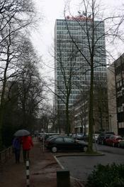 Deutsch: Blick über die Berger Allee auf das Vodafone-Hochhaus, Düsseldorf-Carlstadt.