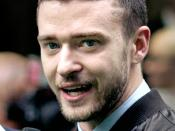 English: Justin Timberlake at the Shrek the Third London premiere. Español: El cantante estadounidense Justin Timberlake en el estreno de la película Shrek III en Londres, Inglaterra. 11 de junio de 2007.