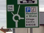 A road sign in Gaelic and English at Mallaig, western Scotland. Photo by Picapica May 2005.