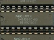 A 256Kx4 Dynamic RAM chip on an early PC memory card. (Photo by Ian Wilson)