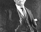 English: Minor Cooper Keith, (January 19, 1848; June 14, 1929), american bussines-man, railroad, fruit (bananas), and shipping magnate whose business activities had a profound impact in Central America and Colombia in XIX Century. Español: Minor Cooper Ke