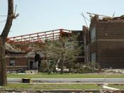 English: Greensburg, KS, 5-16-07 --- Greensburg High School was destroyed by the F5 tornado that left some 95 percent of the community in ruin May 4, 2007. FEMA Photo by Michael Raphael