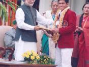 Sanmesh receiving National Bravery Award from Prime Minister of India Dr. Manmohan Singh