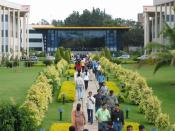 English: Lunch time at Electronic City campus, Infosys Technologies Ltd., Bangalore, India.