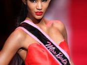 English: , American fashion model, at the Barbie 50th Anniversary Collection