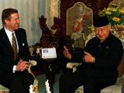 Suharto with U.S. Secretary of Defense William Cohen, 14 January 1998.
