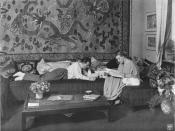 Fritz Lang and his wife Thea von Harbou in their Berlin apartment, in 1923 or 1924 (which is, when the script for Metropolis was prepared). The photograph is from a series about this famous couple and their suite which was published in