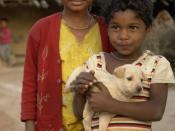 English: Children in Raisen district (Bhil tribe), MP, India. Français : Enfants dans le district de Raisen (tribu Bhil), M.P., Inde.