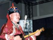 English: Kongar-ool Ondar, Tuvan throat singer. Taken in New York City at the Convention Center at the AT&T booth. 1993 by Bill Loewy