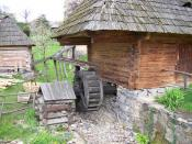 English: Water wheel powering a small village mill at the Museum of Folk Architecture and Life, Uzhhorod, Ukraine].