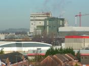 English: The Kraft Factory A familiar site on the skyline of Banbury of cloud manufactured by the Kraft Factory.