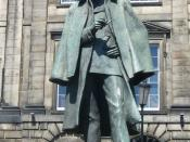 English: Statue of Conan Doyle's most famous fictional character, opposite his birthplace in Picardy Place (house demolished c.1970)