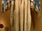 Westfälisches Museum für Naturkunde (Münster), Womendress of the Sioux
