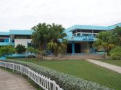 English: Main Library, University of the West Indies, Mona Campus, Kingston (Jamaica) Deutsch: Zentralbibliothek, University of the West Indies, Mona Campus, Kingston (Jamaika)